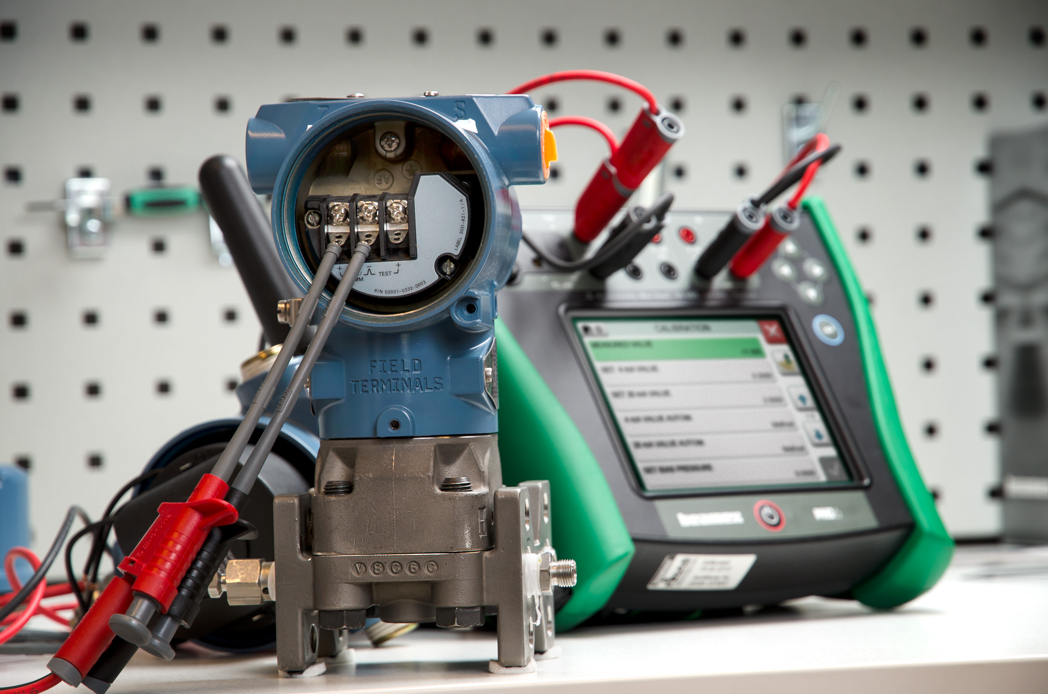 HART Communicator and Calibrator All-In-One | Beamex