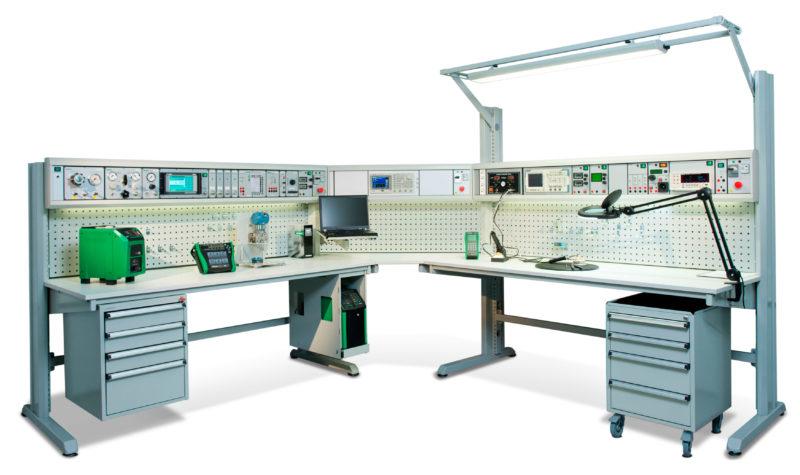 Beamex MCS200 calibration workshop bench