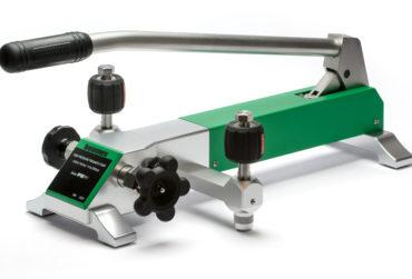 Beamex PGPH high pressure pneumatic calibration pump