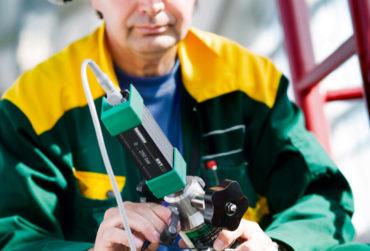 Beamex EXT external pressure module in use